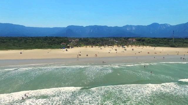 Resultado de imagem para praia de boraceia bertioga sp